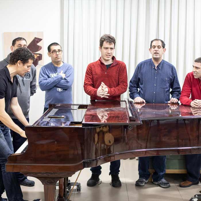 פסנתר שיעור מוזיקה בית שקמים